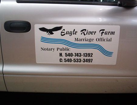 Notary public sign magnet
