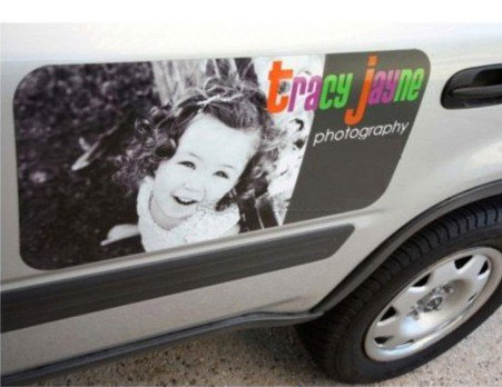 Vehicle magnet for photographer